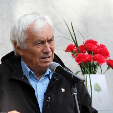 Tone Kuntner v Tunjicah predstavil svojo pesniško zbirko